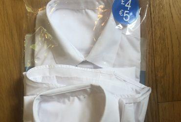 Unisex short sleeve shirts white age 9-10