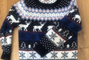 Christmas jumper age 6-7