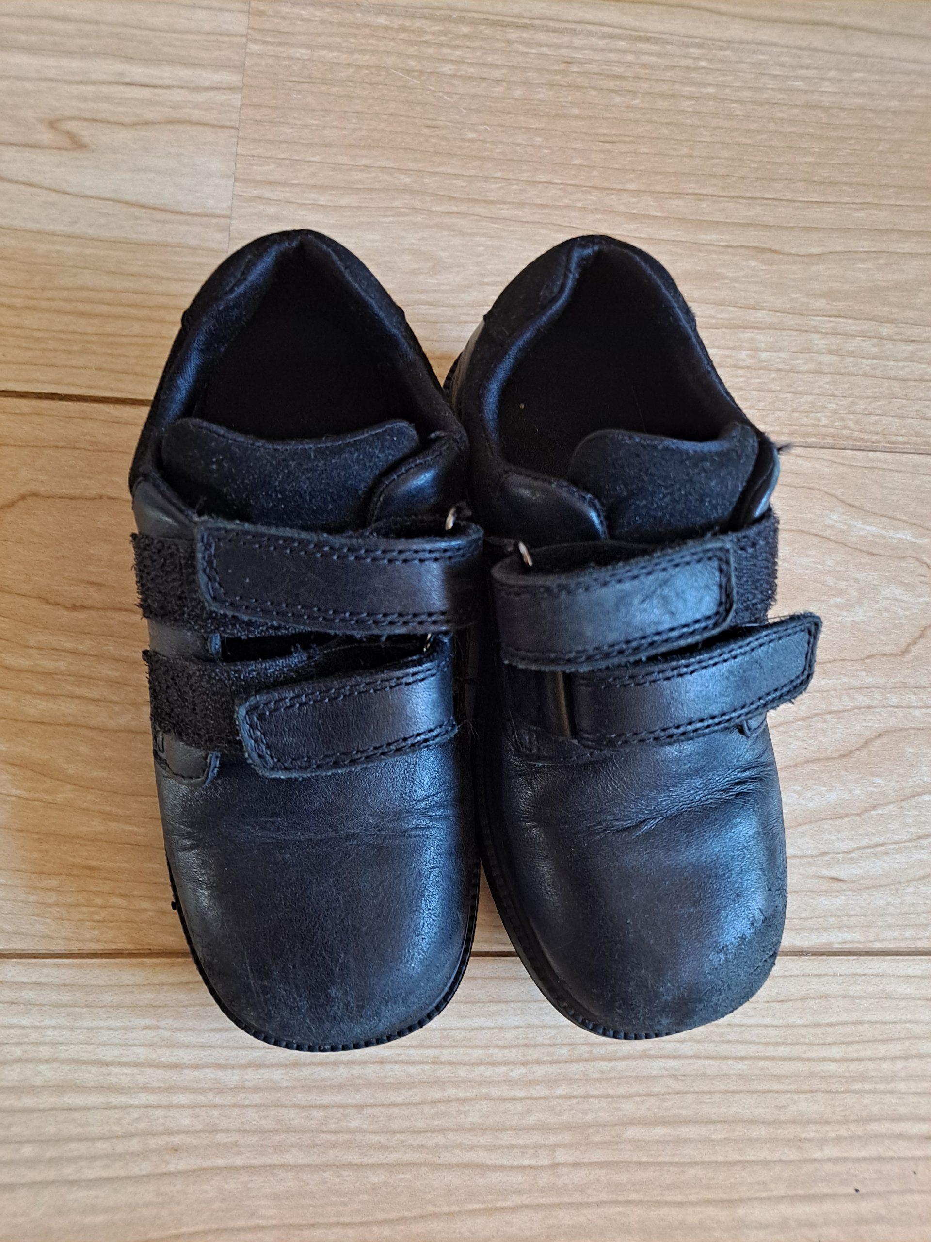 black shoes 10